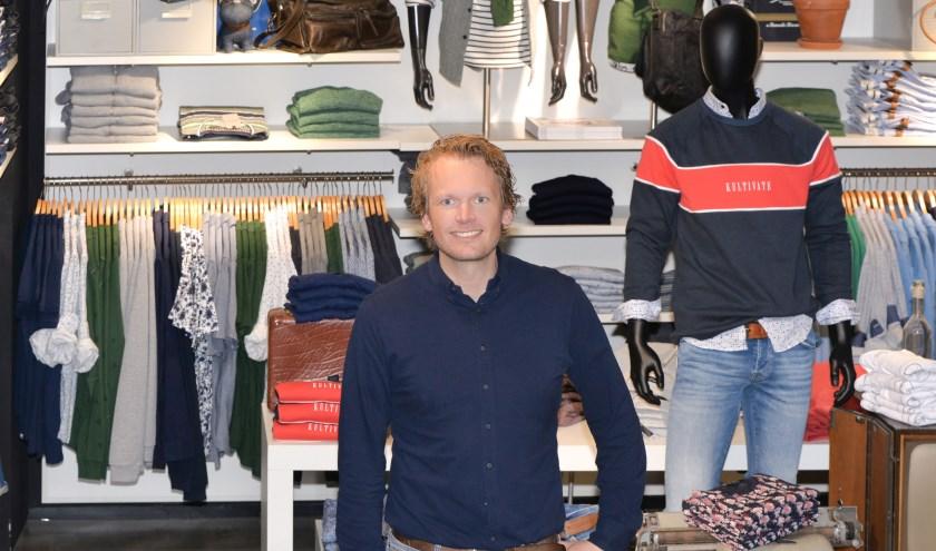 Raymond Aaltink van Ultimo Mode verheugt zich op het programma in de Deurningerstraat. Foto: Sjiek Photo & Film