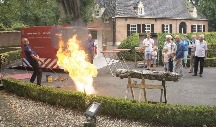 Er staan spectaculaire demonstraties van de Brandweer Twente op stapel op de  brandweerdag van het Internationaal Brandweermuseum Rijssen. (Foto: Albert Last).