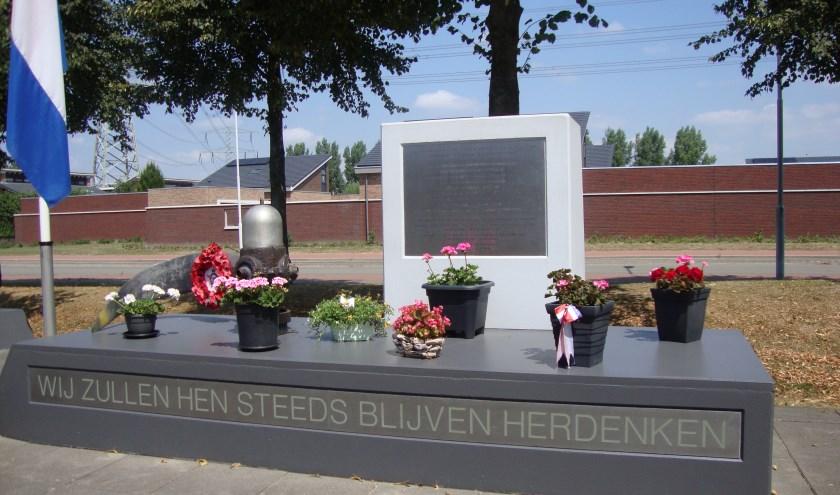 Bij het Lancaster monument in de Oostpolder zal op 21 juli  om 14.30 uur met een sobere plechtigheid  de crash van de Lancaster 'Popeye' op 21 juli 1944 worden herdacht.  (foto: pr)