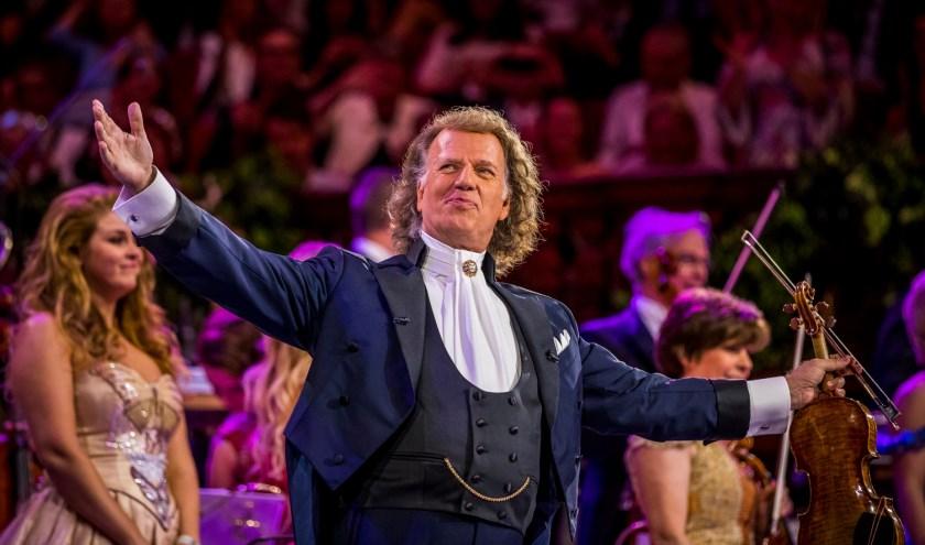 Andre Rieu in Sydney en binnenkort is zijn wereldberoemde Maastricht concert te zien in ZINema. Foto: Marcel van Hoorn.