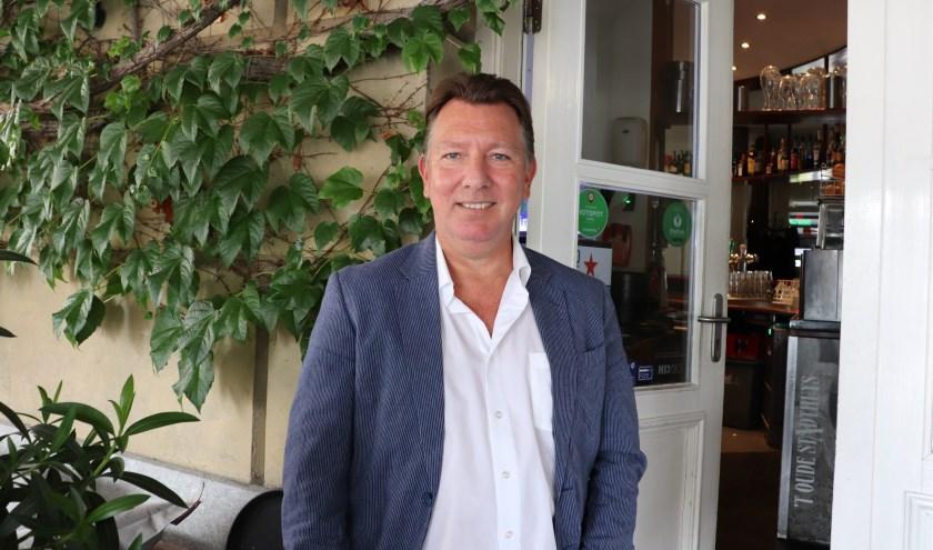 Theo de Boon trainde in het verleden grote clubs en wil van Nivo Sparta een stabiele eersteklasser maken. Een stap verder omhoog is (nog) niet aan de orde.