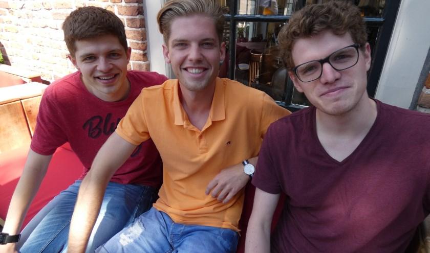 Thjum Arts, Mike Nijstad en en Levi Arts hebben weer zin in de 'Theaterweek'.