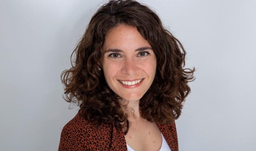 Het onderzoek dat Carly Janssen deed draagt bij aan het betaalbaar houden van de zorg. Vorige week promoveerde ze op haar proefschrift.