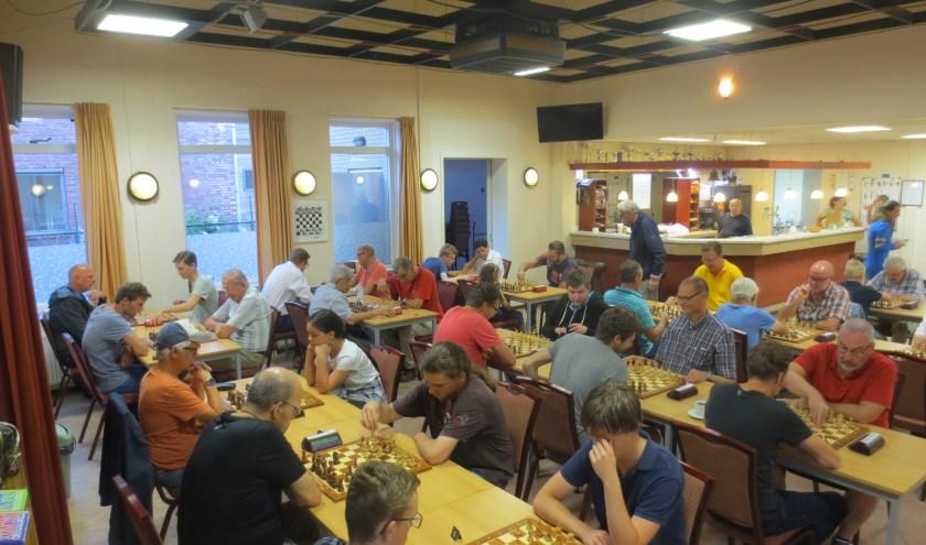 Inmiddels heeft het Sliedrecht Open Rapid Vakantietoernooi van Schaakvereniging Sliedrecht zich bewezen als het ultieme toernooi om gezellig te schaken tijdens de zomerperiode. (Foto: Privé)
