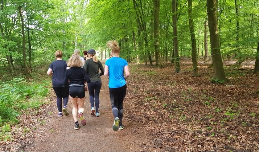 TMindful Trailrunnning: deelnemers aan een clinic.