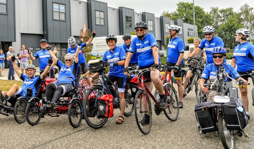 Steven Kraaijeveld wenste de fietsers een een goede en behouden reis.