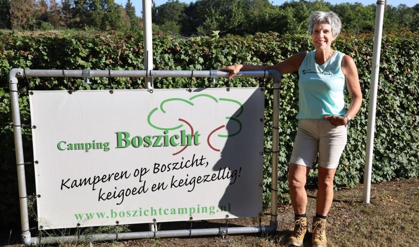 Riet van Grinsven heeft de knoop doorgehakt en doet mee aan de vierdaagse. (foto Marco van den Broek)