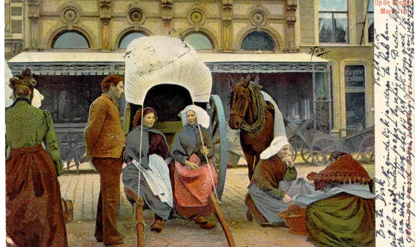 Deze prent laat zien hoe het er op de Bossche markt uitzag. 1905 Firma Wed. J. Loretz. 's-Bosch | Foto Herman de Ruiter