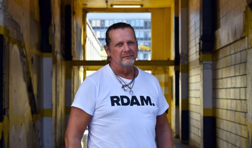 """""""Rotterdammers zijn over het algemeen heel vriendelijke mensen, ze zeggen wel waar het op staat."""" (Foto's: Wouter Vocke)"""