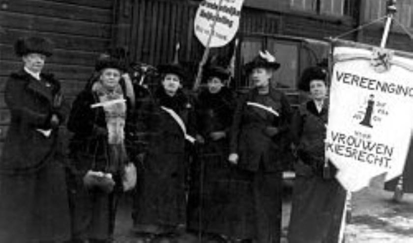 Demonstratie voor vrouwenkiesrecht (Amsterdam, 1914)