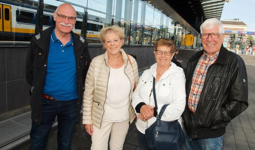 V.l.n.r. Wim en Mirjam Kleisen, Lia en Theo Bloem, op weg naar Den Bosch. (foto Gert Perdon)