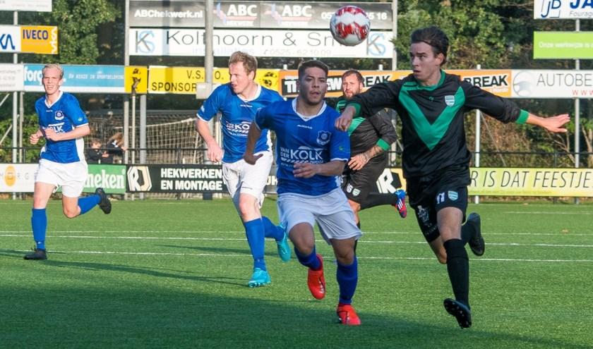 Zwolsche Boys in de aanval in de wedstrijd tegen WVF op het Berend Elzerman Toernooi. (Foto: Dries van Dijk)