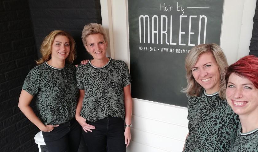 Het vertrouwde team met Alma, Janine, Nancy en Marleen staat klaar om alle klanten in de vernieuwde salon met veel plezier welkom te heten.