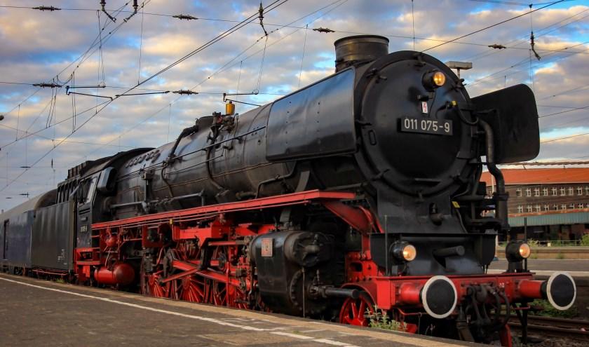 Een van de locomotieven die zaterdag 21 september tussen Den Bosch en Tilburg stomen. Dit jaar komen er twee bij, wat het totale aantal locs op vier brengt. Ook dit jaar kun je met de treinen meerijden.