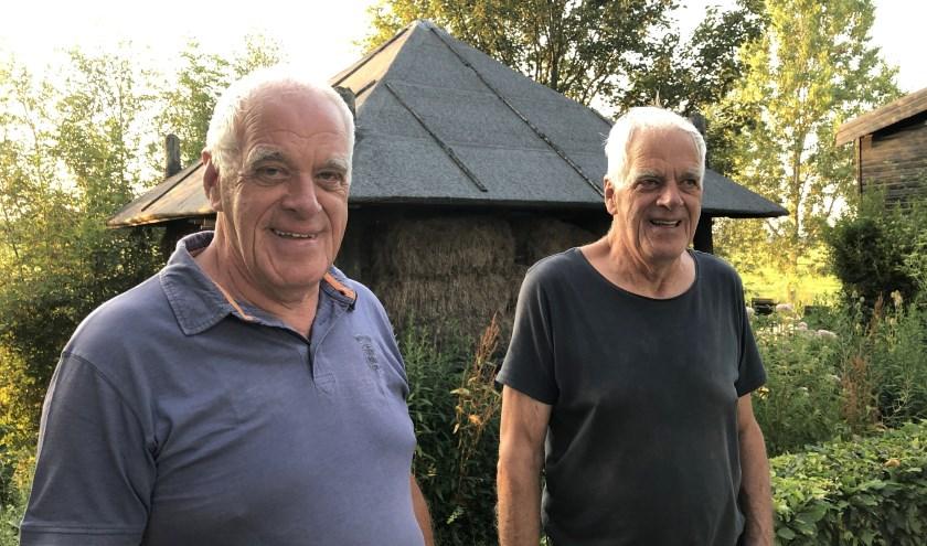 Per1 januari 1989 woonden de gebroeders Den Hartogzonder verhuizing elk ineens in een andere gemeente. (Foto: JannekeSevers-Hilgeman)