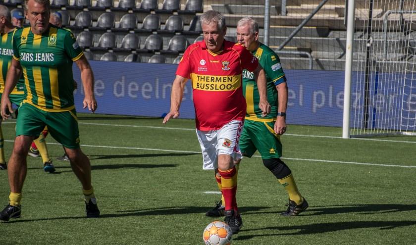 De Go Ahead Eagles OldStars hebben in het verleden al eens gevoetbald in het Olympisch Stadion en in de stadions van ADO Den Haag en Heracles Almelo. (Foto: Jeffrey Hurenkamp)