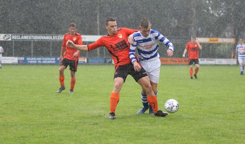 DSV begon het toernooi om de Veluwe Cup zaterdag met een 1-0 overwinning op ESC. (Foto: Wilfred Boon)
