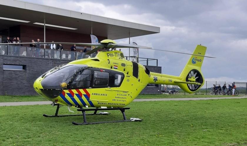 Traumahelikopter kwam ter plaatse bij de Titan Swim (foto: Nanda van Heteren)
