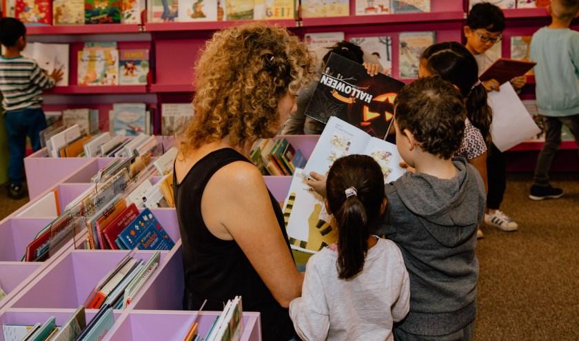 Ouders in Rozet bibliotheek