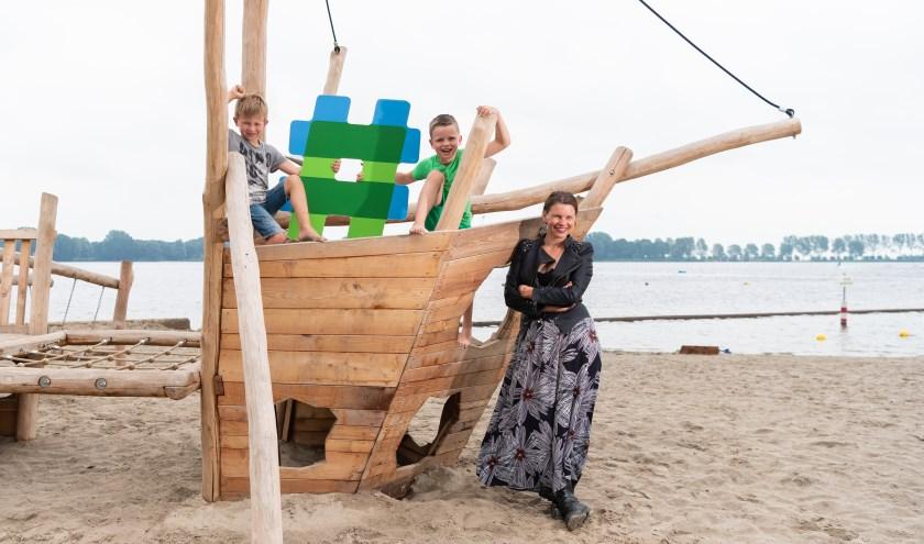 """Marjet: """"Ik ga met m'n kinderen, twee waterratten, naar de strandjes bij Wet & Wild."""""""