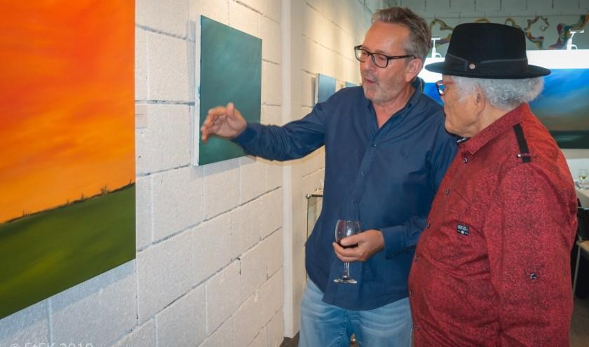 Kunstenaar Ad van den Boom in gesprek met StEK deelnemer Wim Souhoka over zijn expositie 'Dreamscapes'.