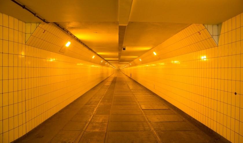 'De Maastunnel? Die ligt onder water!'