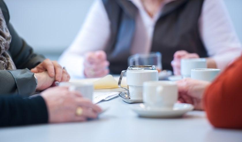 Sociom|ZIN biedt een interessant aanbod voor verschillende leeftijden, waaronder gespreksgroepen. (foto: persfoto)