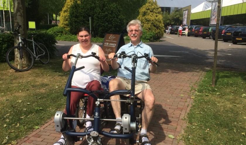 Monique Verberk fietst met Ad voor Suriname.