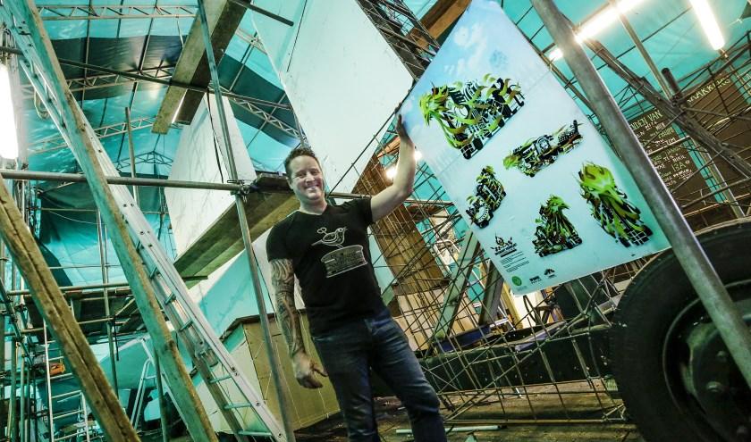 Edwin van den Eijnden: 'Dave Schaeken heeft, in overleg met de ontwerpgroep, de wagen getekend. De rest is aan ons.' (Foto: Jurgen van Hoof).
