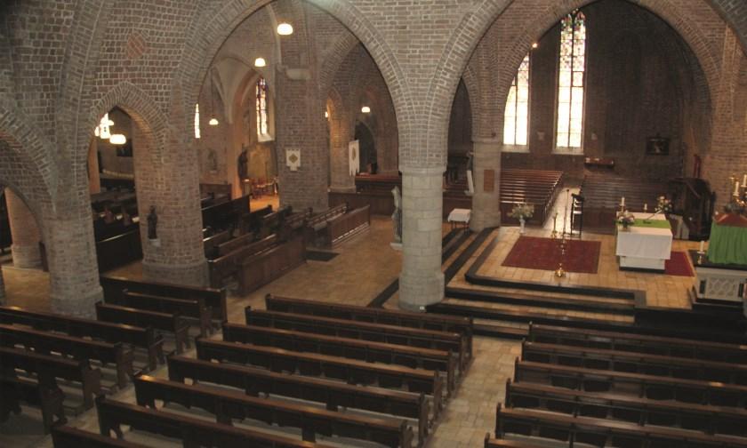 Een kijkje in de prachtige Heilige Andreaskerk. Vanwege zijn omvang wordt de kerk ook wel de 'Kathedraal van de Liemers' genoemd.