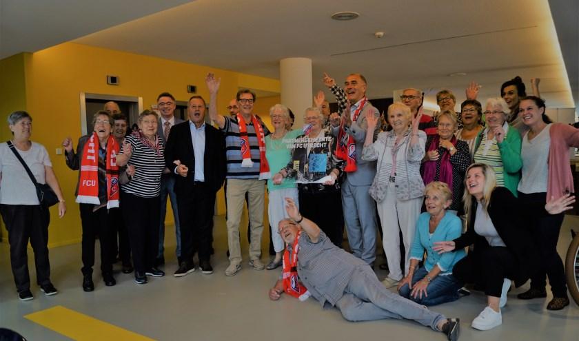 Foto: Het was een zeer geslaagde ochtend voor de bewoners van de Randhoeve, FC Utrecht en gemeente Houten.