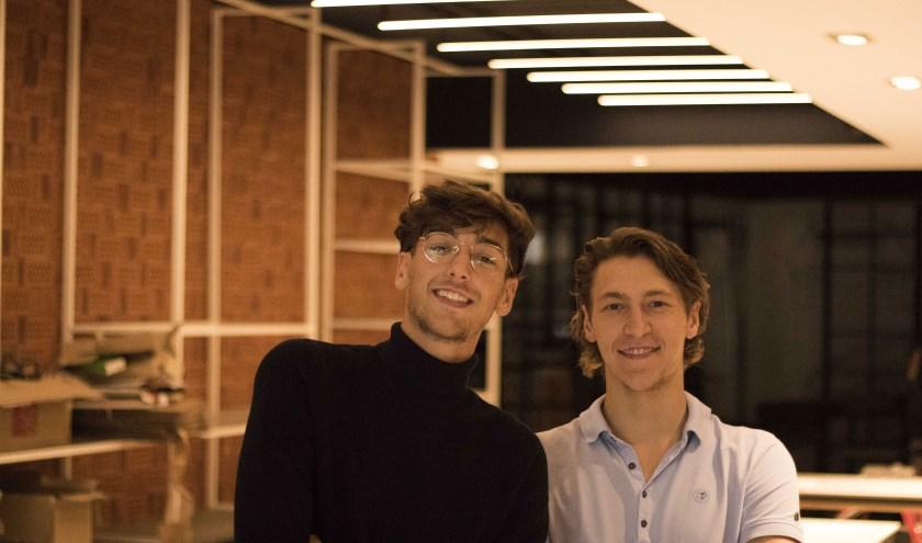 Broers Quint en Steyn Eshuis openen binnenkort een gloednieuwe herenmodezaak in Rijssen.  (Eigen foto)