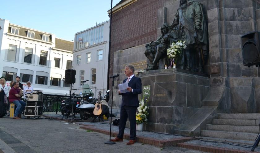 Henk Mesman aan het woord. (foto: Arco van der Lee)