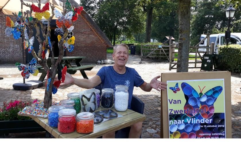 Epenaar René Blok bedacht het project 'Van Zwerfafval naar Vlinder'.