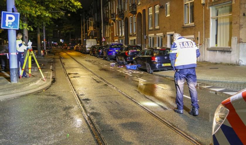 Politieonderzoek na de dodelijke aanrijding op de Claes de Vrieslaan.
