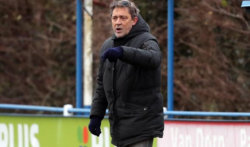 Louis Jacobs uit Spijkenisse hoopt op een veel beter seizoen met NBSVV uit Nieuw-Beijerland (foto: John de Pater)