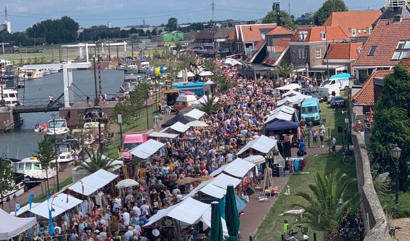 Ibizamarkt 21 juli. Foto Boulevard events Harderwijk