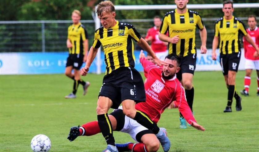 DOS'37 won in een oefenwedstrijd met 1-0 van PH. Foto: Jeroen Tempert