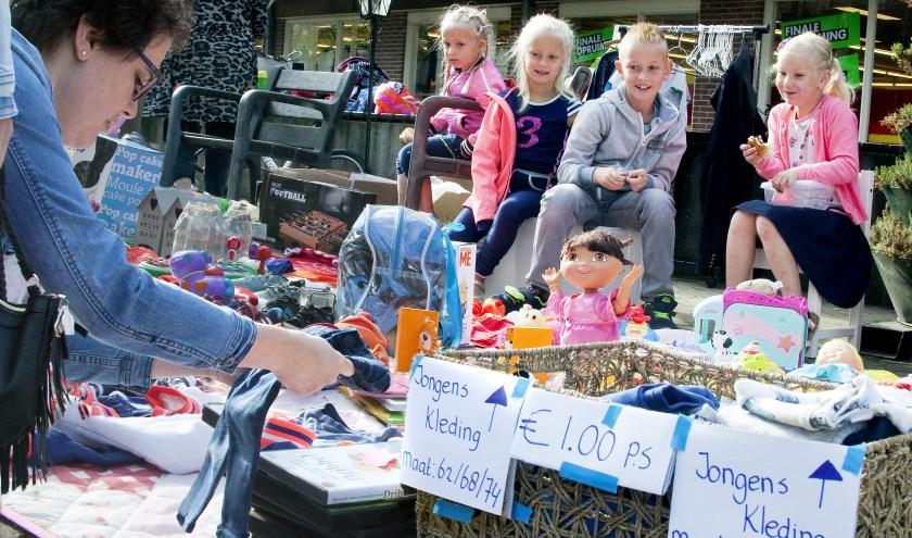 Voorgaande edities van de kinderrommelmarkt waren een groot succes. De kinderen verdienden een leuk zakcentjes, kamers waren opgeruimd en er heerste een gezellige sfeer op Nijverdal.