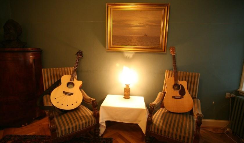 Zowel artiesten als inwoners die hun huiskamer beschikbaar willen stellen kunnen zich aanmelden via talentinhuis-oldenzaal.nl.