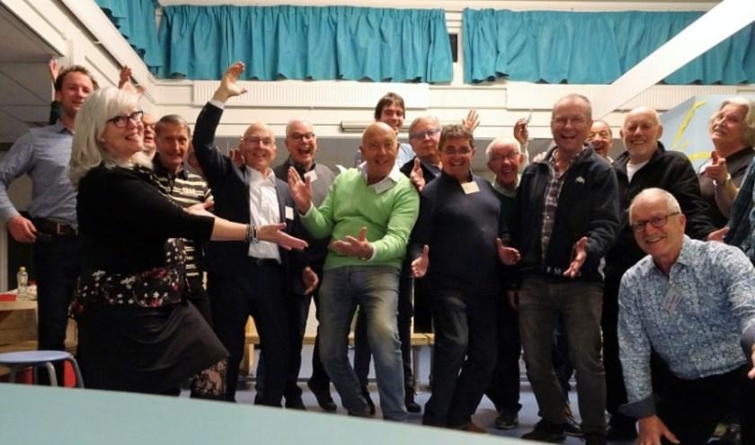 De leden van Lake District Sound is op zoek naar nieuwe leden.