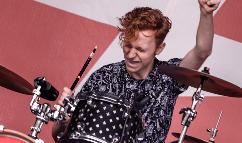 Drummer Liam van de Popschoolband Lleed tijdens een vorige open dag. (foto: Danny van der Weck)