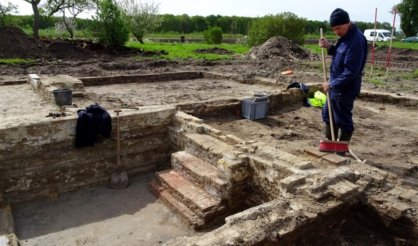 Archeologisch grondonderzoek bij boerderij 'De Lantaarn' aan de Moerstraatseweg in Steenbergen