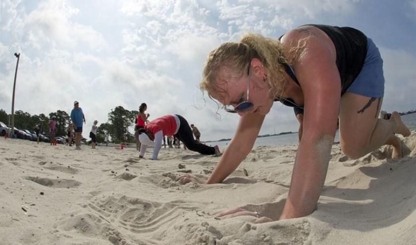 Bootcampen aan het strand en in het water. Tikkie zwaarder. Het kan vanaf 20 augustus bij BUITEN! in Huissen.