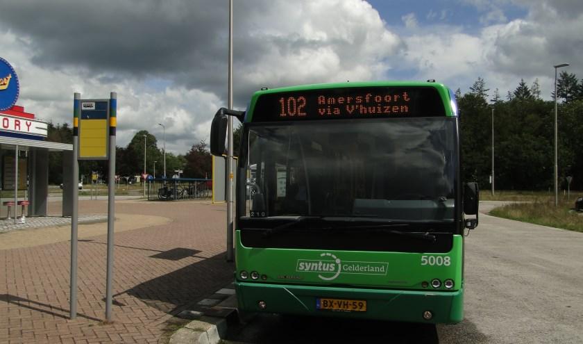 Een blik op busknooppunt Wittenberg bij Garderen. Reizigers kunnen van hieruit naar onder meer Apeldoorn, Barneveld en Ede.