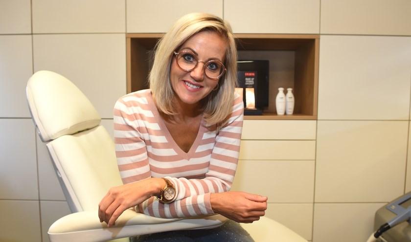 Ondernemer van de week: Lisette Bouwknegt van Beauty & More. (foto: Roel Kleinpenning)