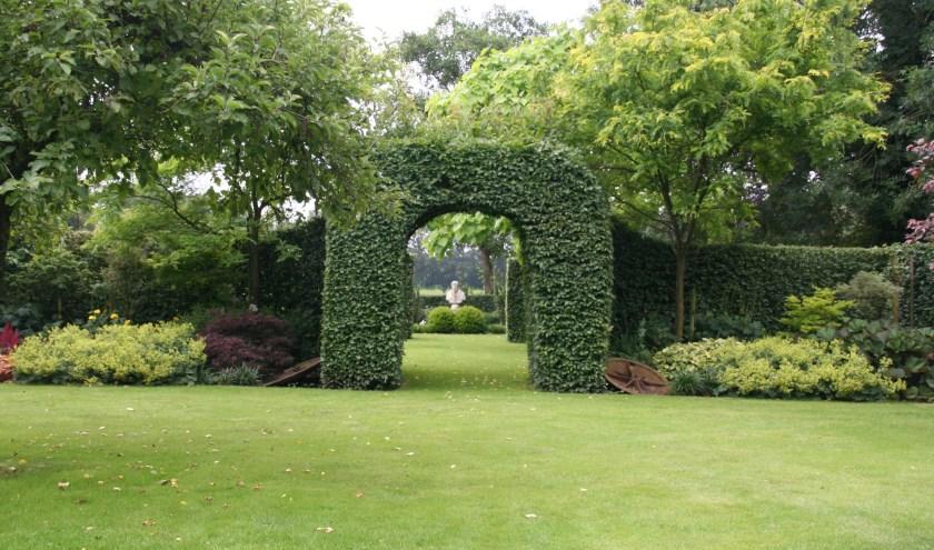 Ook Hof 't Einde in Loon op Zand opent aanstaande zaterdag en zondag van 10.00 tot 17.00 uur de tuinpoorten voor publiek.