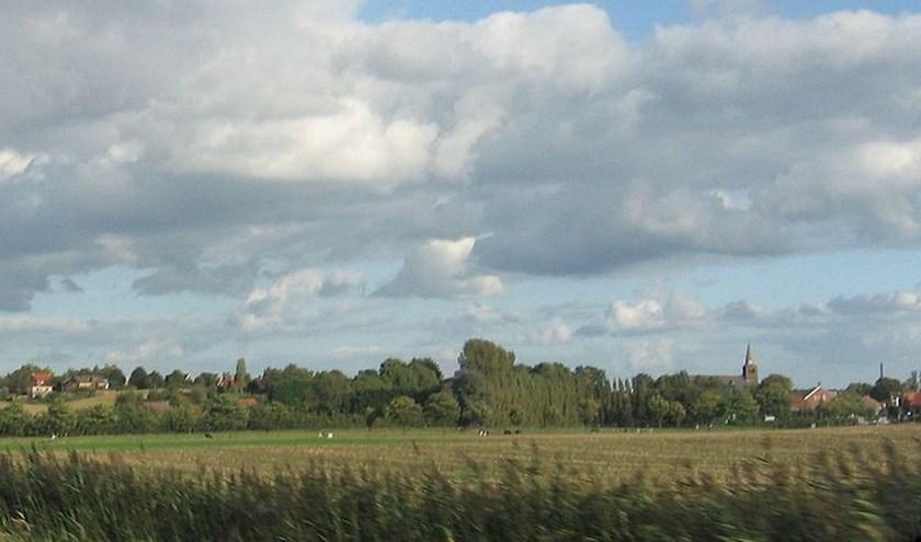 De Brabantse Wal, een aardkundig erfgoed, is een uniek gebied in het Nederlandse landschap van Ossendrecht naar Halsteren