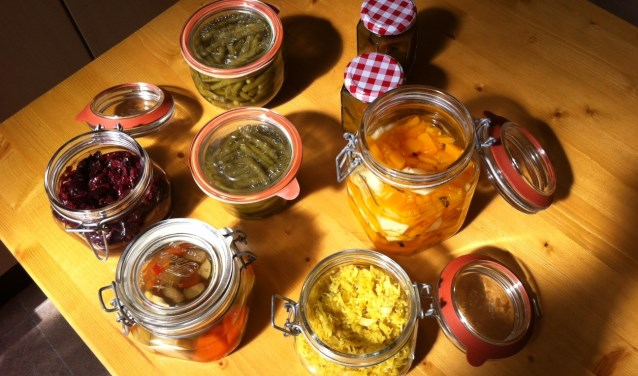 diverse ingemaakte groentes