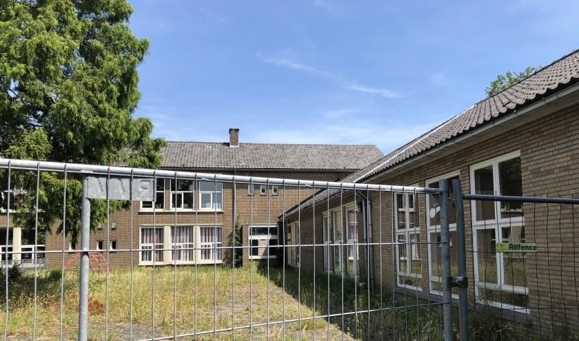Het terrein aan de Molendijk in Rhoon (1.200 m2) waarop vier huizen moeten verrijzen tot teleurstelling van Johan van Wolfswinkel